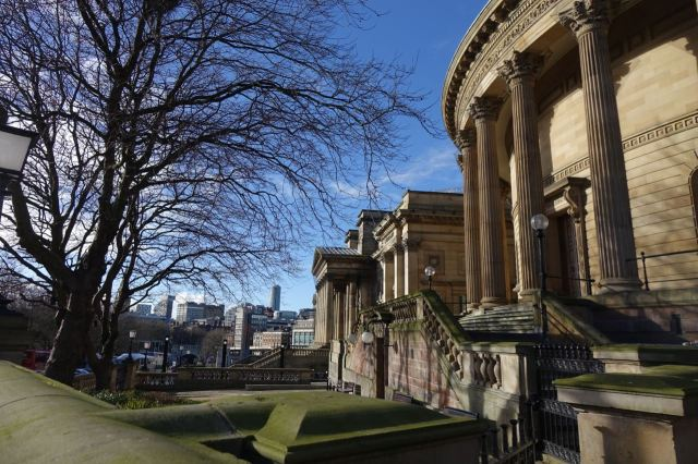 Then I got the 19 bus to Central Library to start writing this up. Gorgeous places on a gorgeous day in Liverpool!