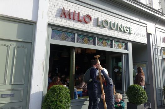 Where the Milo Lounge windows are invitingly open.