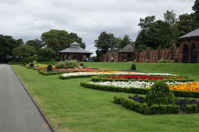 Well done Glendale's - who do the Council's gardening.