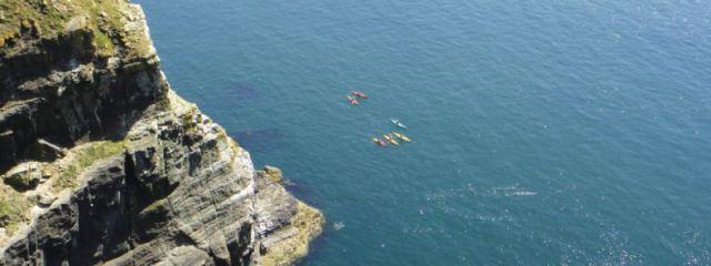 13-06-kayak-anglesey1