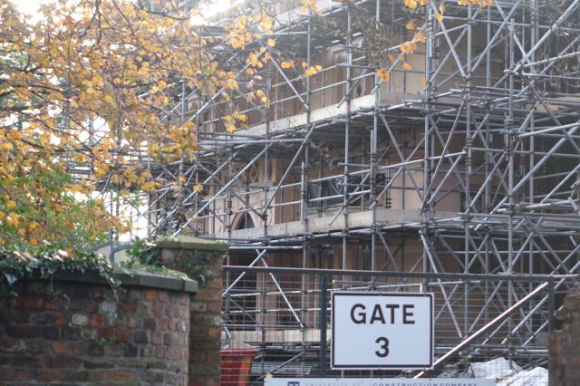 Then onto Greenbank Lane, past Eleanor Rathbone's house, now seriously on site.