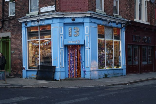 Splendid cards and gifts shop this.