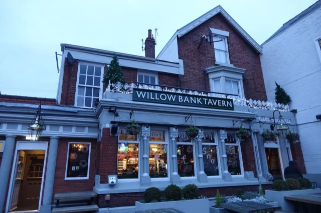Hone is a warm welcome from the Willow Bank on a winter's evening.