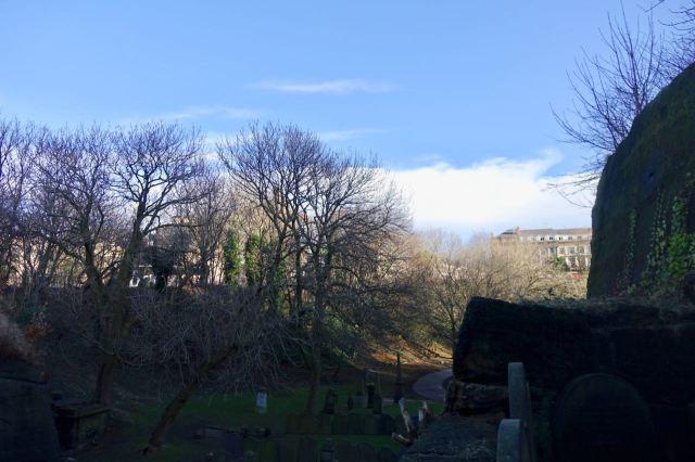 St James' Gardens.
