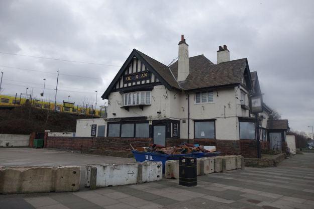 Past the long shut Old Roan pub. A sad sight.